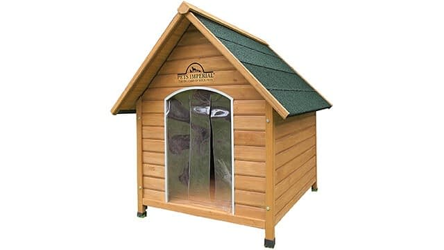 Insulated wooden dog kennel