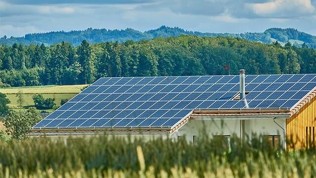 Passive solar enclosure